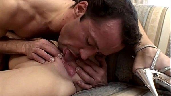 massaggio salotto con sesso